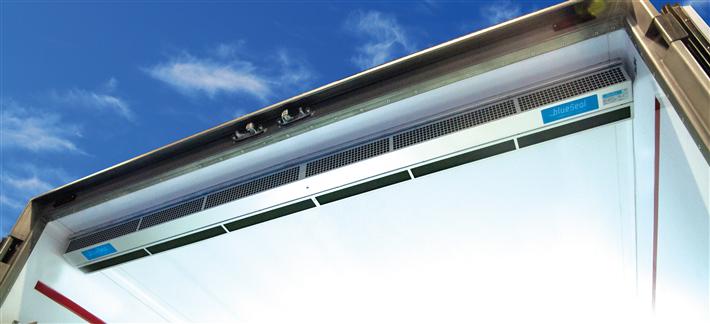 Mit der Nutzung eines BlueSeal Luftvorhangs können 30-45 Prozent an Energie für die Kühlung eingespart werden, die sonst beim Öffnen der Türen verloren geht. © brightecBV